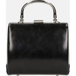 Czarna torebka wieczorowa. Czarne torebki do ręki damskie Kazar, ze skóry. Za 399.00 zł.