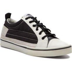 Tenisówki DIESEL - D-Velows Low Y01870 P2090 H1532 Black/White. Białe trampki męskie Diesel, z gumy. Za 719.00 zł.