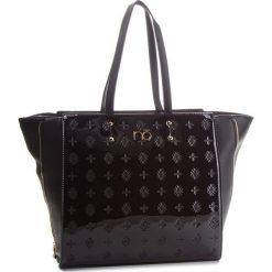 Torebka NOBO - NBAG-D0012-C020 Czarny. Czarne torebki do ręki damskie Nobo, ze skóry ekologicznej. W wyprzedaży za 179.00 zł.