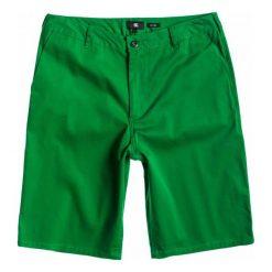 DC Spodenki Dc Worker Eu M Wkst grz0 31. Zielone krótkie spodenki sportowe męskie DC, z materiału. W wyprzedaży za 121.00 zł.