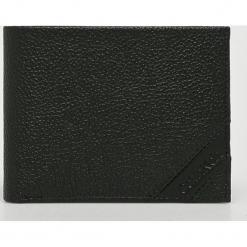 Calvin Klein - Portfel skórzany. Czarne portfele męskie Calvin Klein, z materiału. Za 279.90 zł.