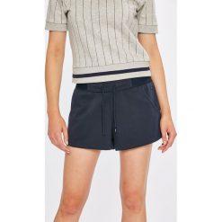 Tommy Hilfiger - Szorty piżamowe. Szare piżamy damskie Tommy Hilfiger. W wyprzedaży za 129.90 zł.