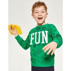 Bluza ze sportowym nadrukiem - Zielony. Bluzy dla chłopców Reserved, z nadrukiem. W wyprzedaży za 19.99 zł.