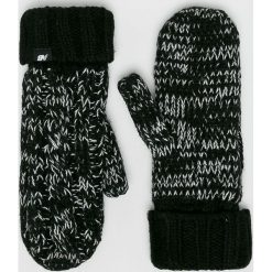 New Balance - Rękawiczki. Czerwone rękawiczki damskie New Balance, z dzianiny. Za 99.90 zł.