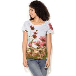 Colour Pleasure Koszulka CP-034 213 biało-zielono-czerwona r. XXXL/XXXXL. T-shirty damskie Colour Pleasure. Za 70.35 zł.