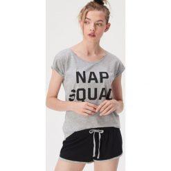 2b837cc4beccd6 Dwuczęściowa piżama z napisem Nap squad - Jasny szary. Szare piżamy damskie  Sinsay, l
