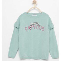 Sweter z falbankami na ramionach - Turkusowy. Swetry damskie marki bonprix. W wyprzedaży za 29.99 zł.