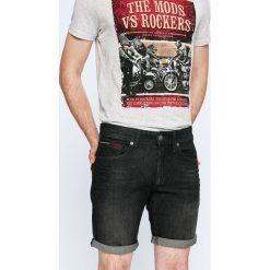 Tommy Jeans - Szorty. Szare szorty męskie Tommy Jeans, z bawełny, casualowe. W wyprzedaży za 249.90 zł.