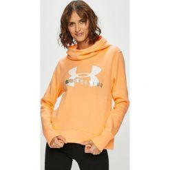 Under Armour - Bluza. Pomarańczowe bluzy damskie Under Armour, z nadrukiem, z bawełny. W wyprzedaży za 159.90 zł.