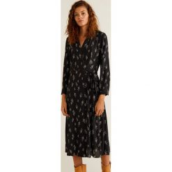 Mango - Sukienka Vegas. Brązowe sukienki damskie Mango, z tkaniny, casualowe, z długim rękawem. Za 199.90 zł.
