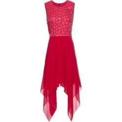 Sukienka z dłuższymi bokami i aplikacją z cekinów bonprix czerwony. Czerwone sukienki damskie bonprix, z aplikacjami, z szyfonu. Za 169.99 zł.
