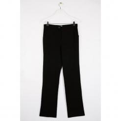 """Spodnie """"Diago"""" w kolorze czarnym. Czarne spodnie materiałowe damskie Scottage. W wyprzedaży za 99.95 zł."""