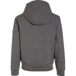 Billabong ALL DAY 10K Kurtka zimowa black heather. Kurtki i płaszcze dla chłopców Billabong, na zimę, z materiału. W wyprzedaży za 367.20 zł.