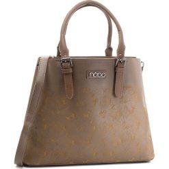 Torebka NOBO - NBAG-F0720-C008 Brązowy. Brązowe torebki do ręki damskie Nobo, ze skóry ekologicznej. W wyprzedaży za 159.00 zł.