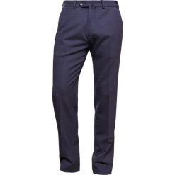 Armani Collezioni Spodnie garniturowe bleu navy. Eleganckie spodnie męskie marki House. W wyprzedaży za 589.50 zł.