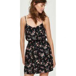 Sukienka w kwiaty - Czarny. Sukienki damskie Sinsay, w kwiaty. Za 99.99 zł.