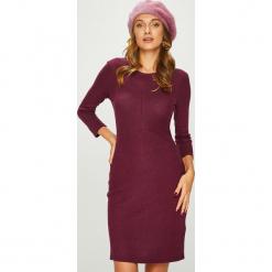 Answear - Sukienka. Brązowe sukienki damskie ANSWEAR, z dzianiny, casualowe, z okrągłym kołnierzem. Za 99.90 zł.