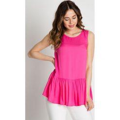Różowa bluzka z falbaną  BIALCON. Czerwone bluzki damskie BIALCON, z tkaniny, z falbankami, na ramiączkach. W wyprzedaży za 123.00 zł.