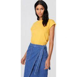 Rut&Circle T-shirt Ella Basic - Yellow. Żółte t-shirty damskie Rut&Circle, z bawełny. Za 80.95 zł.
