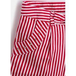 Mayoral - Szorty dziecięce 98-134 cm. Spodenki dla dziewczynek Mayoral, z bawełny, casualowe. Za 109.90 zł.