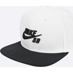 Nike Sportswear - Czapka. Szare czapki i kapelusze męskie Nike Sportswear. W wyprzedaży za 89.90 zł.