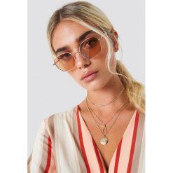NA-KD Accessories Metalowe okulary przeciwsłoneczne - Red,Gold. Okulary przeciwsłoneczne damskie marki QUECHUA. W wyprzedaży za 56.66 zł.