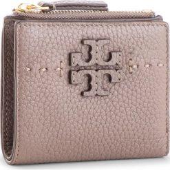 Mały Portfel Damski TORY BURCH - Mcgraw Mini Foldable Wallet 45246 Silver Maple 963. Brązowe portfele damskie Tory Burch, ze skóry. Za 599.00 zł.