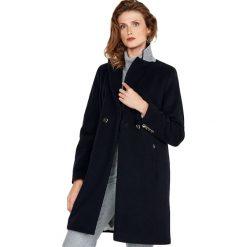 Płaszcz w kolorze czarnym. Płaszcze damskie marki FOUGANZA. W wyprzedaży za 539.95 zł.