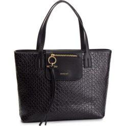 Torebka MONNARI - BAG1370-020 Black. Czarne torebki do ręki damskie Monnari, ze skóry ekologicznej. W wyprzedaży za 199.00 zł.