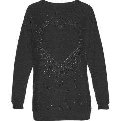 Długi sweter z aplikacją ze sztrasów w kształcie serca bonprix antracytowy melanż. Swetry damskie marki bonprix. Za 89.99 zł.