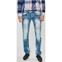 Guess Jeans - Jeansy Vermont. Szare jeansy męskie Guess Jeans. W wyprzedaży za 269.90 zł.