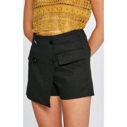 Answear - Szorty Stripes Vibes. Brązowe szorty damskie ANSWEAR, z bawełny, casualowe. W wyprzedaży za 49.90 zł.