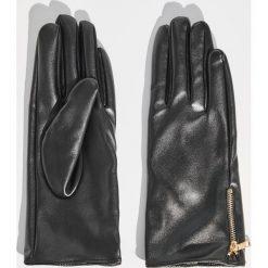 Rękawiczki z ozdobnym zamkiem - Czarny. Czarne rękawiczki damskie Sinsay. Za 19.99 zł.