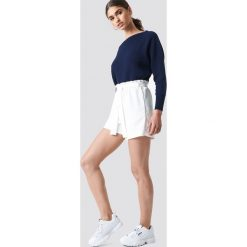 NA-KD Dzianinowy sweter z odkrytymi ramionami - Navy. Niebieskie swetry damskie NA-KD, z bawełny. Za 121.95 zł.