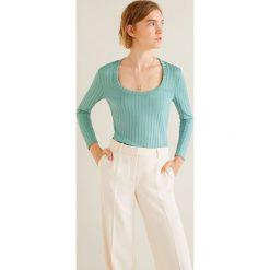 Mango - Bluzka Mecano. Szare bluzki damskie Mango, z dzianiny, casualowe, z okrągłym kołnierzem. Za 69.90 zł.