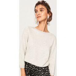 Lekki sweter z brokatową nitką - Jasny szar. Szare swetry damskie Reserved. Za 59.99 zł.