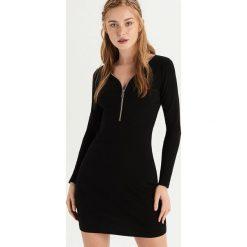 Sukienka z zamkiem na dekolcie - Czarny. Czarne sukienki damskie Sinsay. Za 49.99 zł.