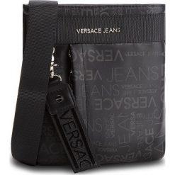 Saszetka VERSACE JEANS - E1YSBB23 70723 899. Czarne saszetki męskie Versace Jeans, z jeansu, młodzieżowe. Za 499.00 zł.