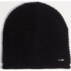 Czapka - Czarny. Czarne czapki i kapelusze damskie Mohito. Za 29.99 zł.