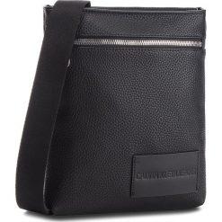 Saszetka CALVIN KLEIN JEANS - Pebble Essential Fla K40K400658 001. Czarne saszetki męskie Calvin Klein Jeans, z jeansu, młodzieżowe. Za 349.00 zł.