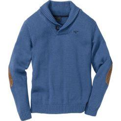 Sweter Regular Fit bonprix jasny indygo. Niebieskie swetry przez głowę męskie bonprix, z haftami, ze skóry. Za 109.99 zł.