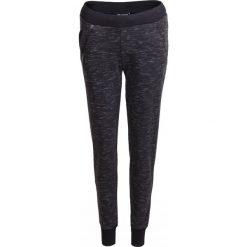 Spodnie dresowe damskie SPDD603 - czarny melanż - Outhorn. Czarne spodnie dresowe damskie Outhorn, na lato, melanż, z bawełny. W wyprzedaży za 69.99 zł.