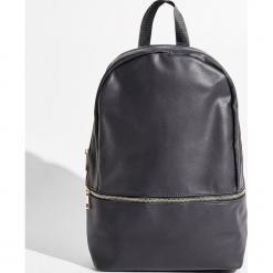 Plecak - Czarny. Czarne plecaki damskie Sinsay. W wyprzedaży za 49.99 zł.
