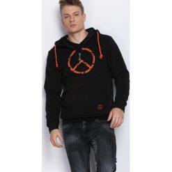 Czarna Bluza No Regrets. Czarne bluzy męskie Born2be. Za 59.99 zł.