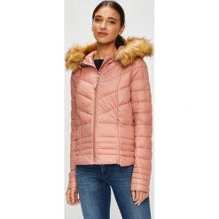 Vero Moda - Kurtka Sally. Różowe kurtki damskie Vero Moda, z materiału. W wyprzedaży za 179.90 zł.