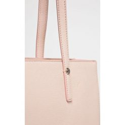 Love Moschino - Torebka. Szare torby na ramię damskie Love Moschino. W wyprzedaży za 499.90 zł.