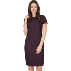 Żakardowa sukienka z krótkim rękawem i podszewką BIALCON. Fioletowe sukienki damskie BIALCON, z żakardem, wizytowe, z krótkim rękawem. W wyprzedaży za 147.00 zł.