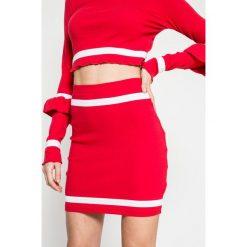 Missguided - Spódnica. Czerwone spódnice damskie Missguided, z bawełny. W wyprzedaży za 39.90 zł.