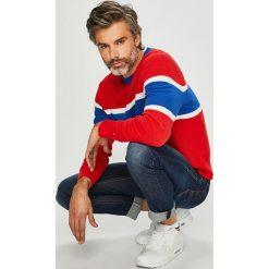 Tommy Hilfiger - Sweter. Szare swetry przez głowę męskie Tommy Hilfiger, z bawełny, z okrągłym kołnierzem. Za 579.90 zł.