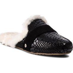 Kapcie EMU AUSTRALIA - Mooka W11871 Black Croc. Czarne kapcie damskie Emu Australia, ze skóry. Za 389.00 zł.